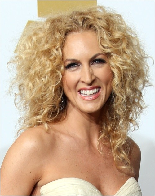 cute easy hairstyles for naturally curly hair 2014