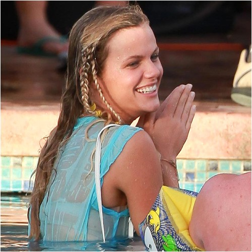 Easy Hairstyles for the Pool Easy Summer Hairstyles for the Beach or Pool