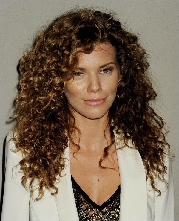 Easy Hairstyles for Wavy Frizzy Hair 32 Easy Hairstyles for Curly Hair for Short Long