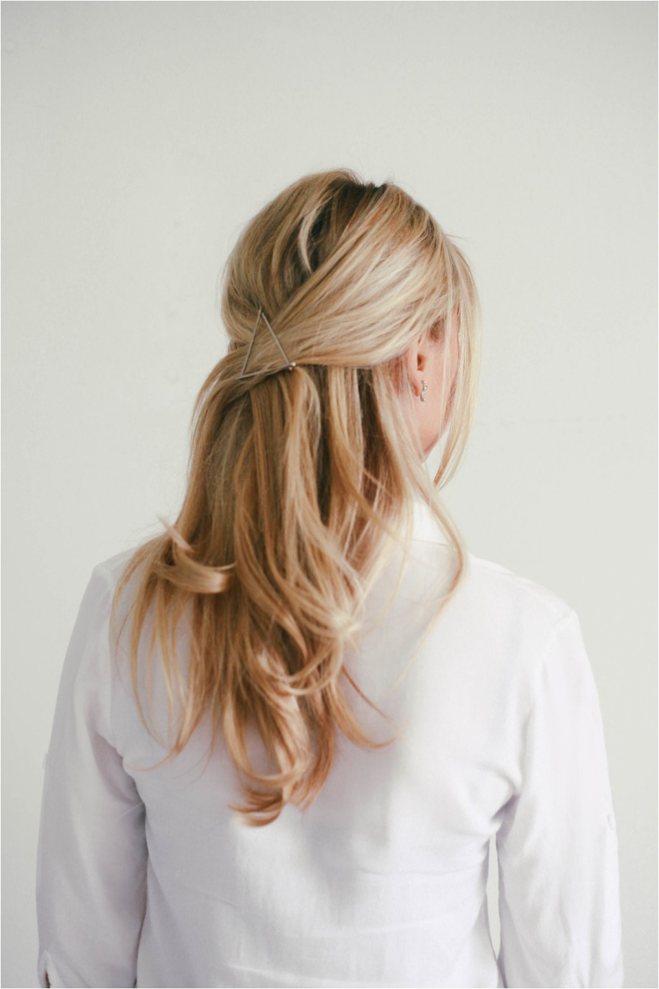 Easy to Do Hairstyles That Keep Your Hair Out of Your Face