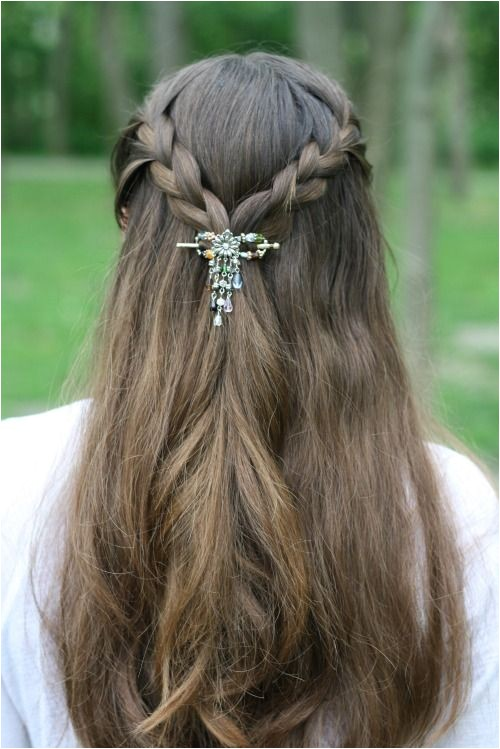 Easy Hairstyles with Clips 10 Hairstyles for Long Hair
