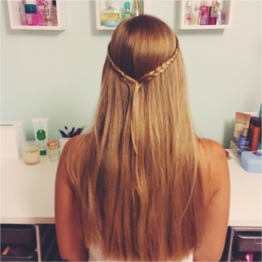 cute hairstyles to wear with your hair down