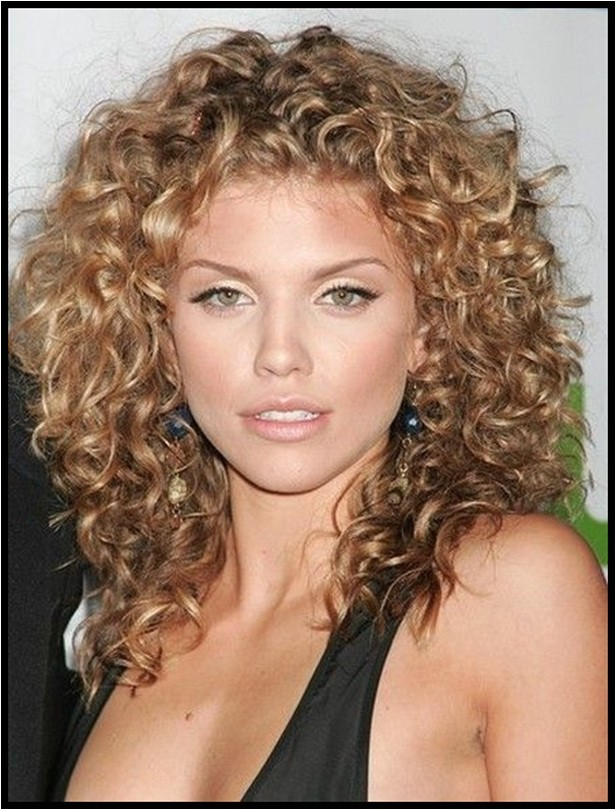 easy hairstyles for curly hair without heat
