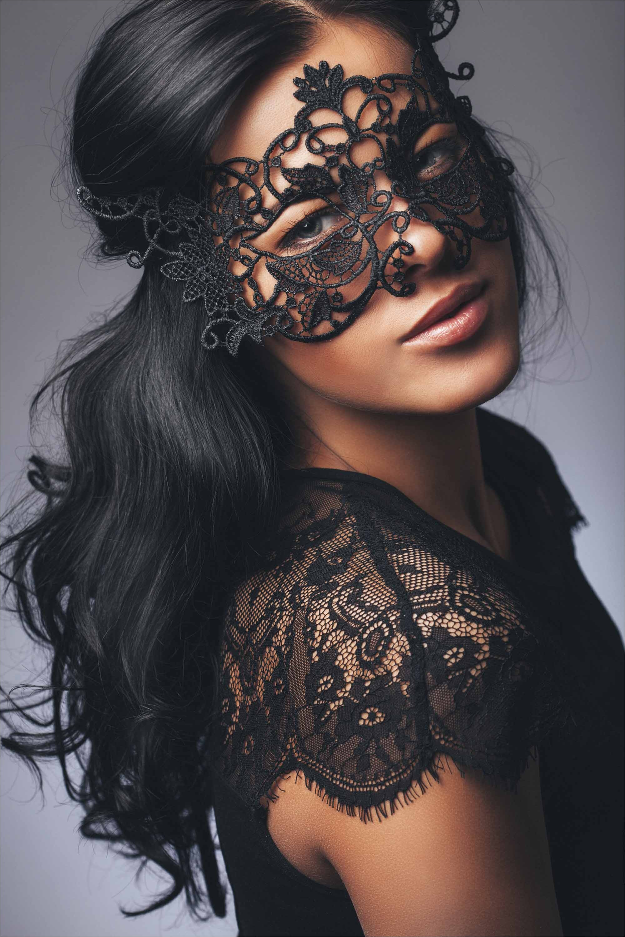 simple masquerade hairstyles