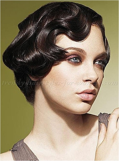easy pin up hairstyles for curly hair