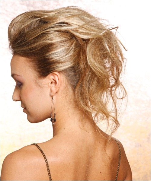 Easy Pin Up Hairstyles for Long Hair Easy Pin Up Hairstyles for Long Hair