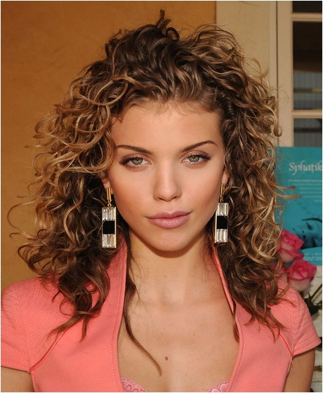 Easy Pretty Hairstyles for Curly Hair Cute Easy Hairstyles for Curly Hair
