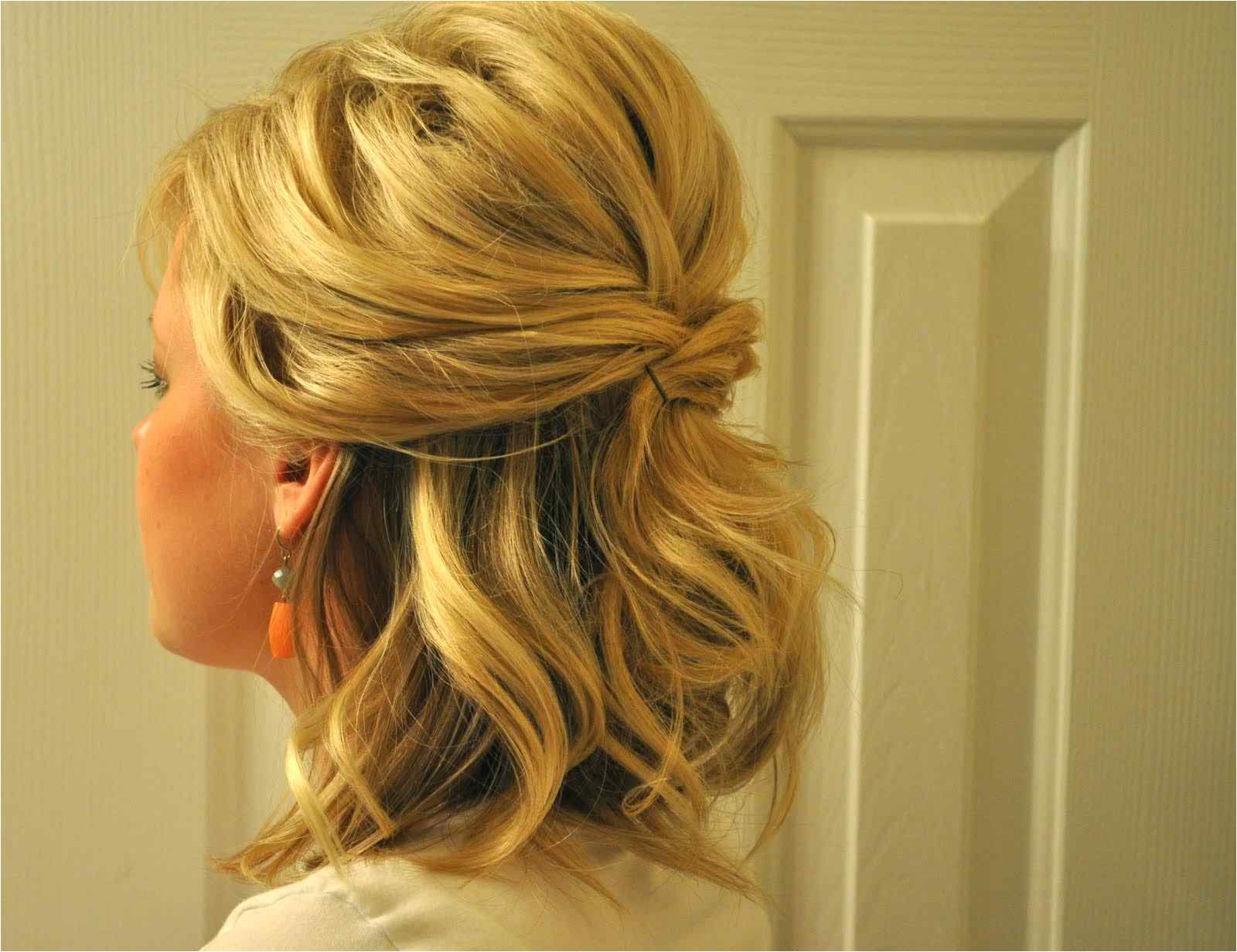 easy half up hairstyles for medium hair