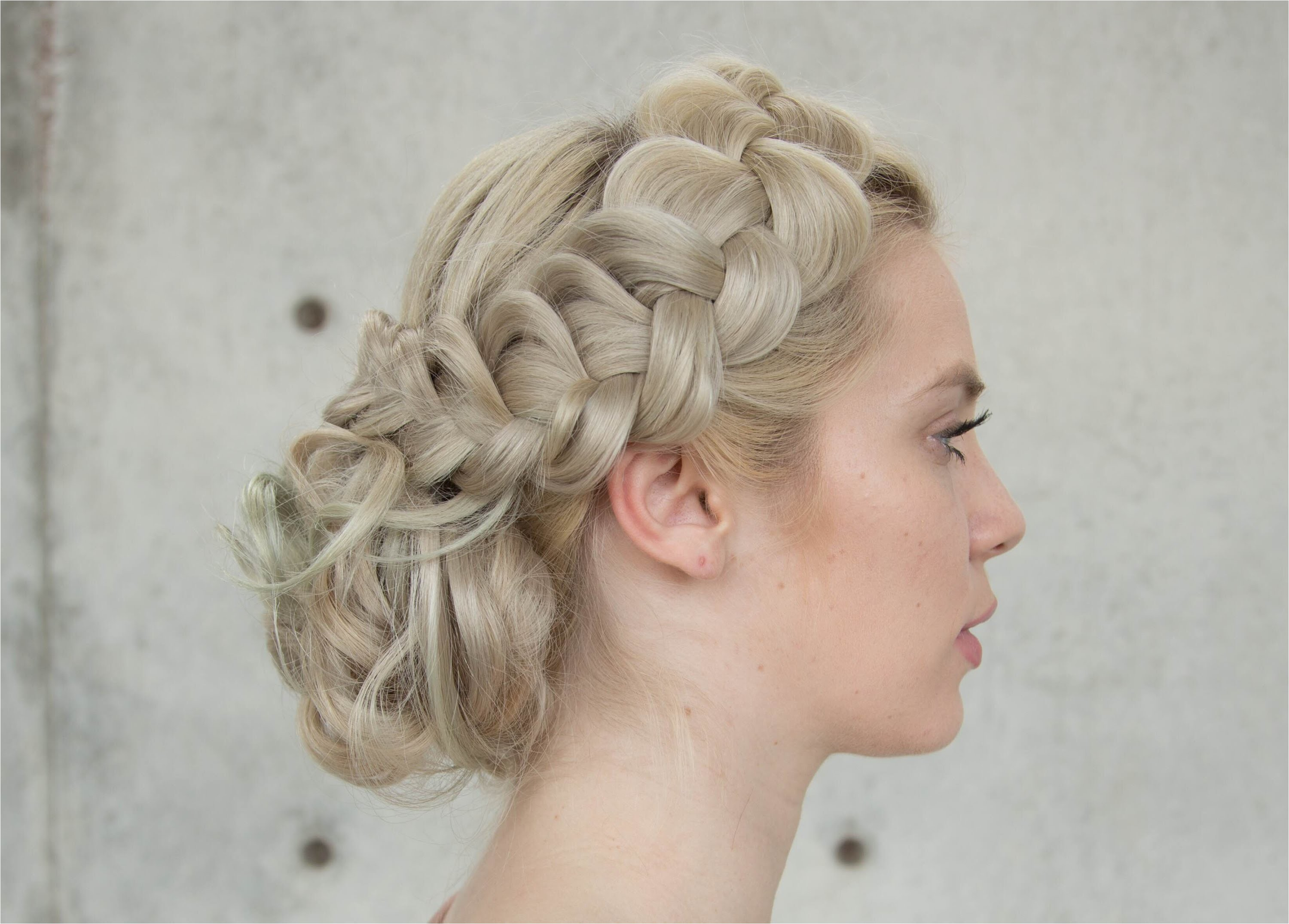 braided upstyle