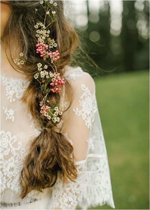 how to use flower crowns in wedding hair
