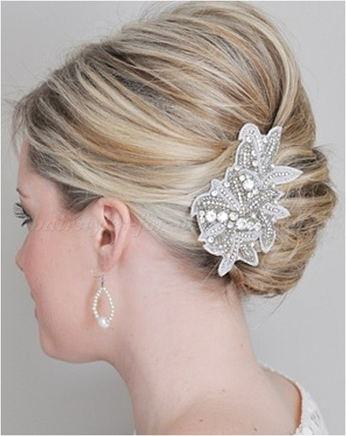 formal hairstyles for medium hair
