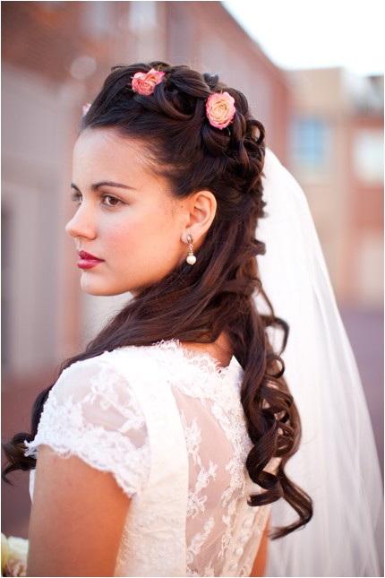 contemporary victorian hairstyle
