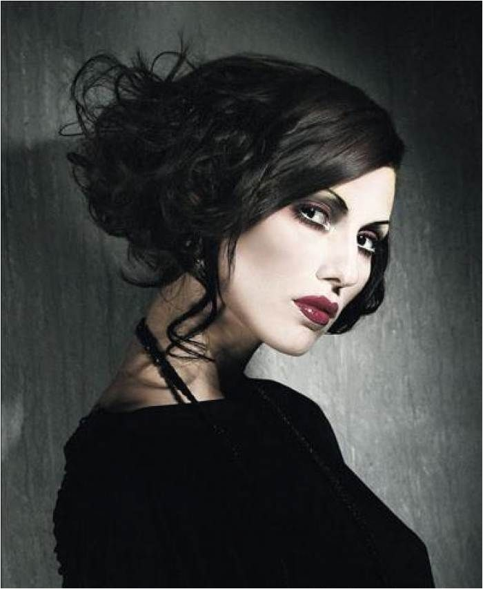 Gothic Wedding Hairstyles Gothic Wedding Hair and Make Up