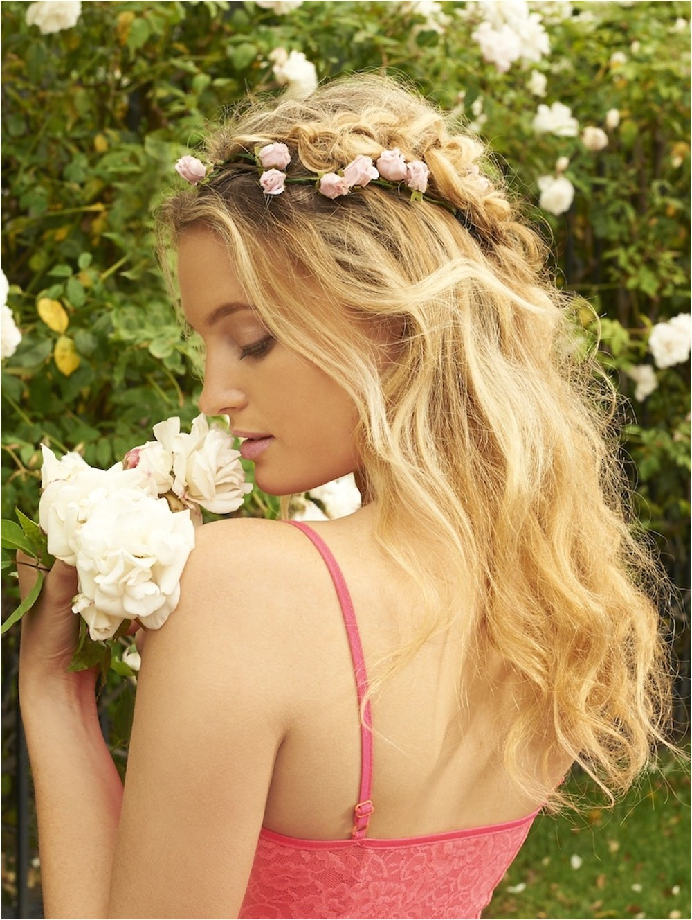 4 sizzling summer wedding hairstyles guaranteed to beat the heat