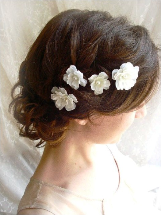 hairstyle for indian wedding dinner