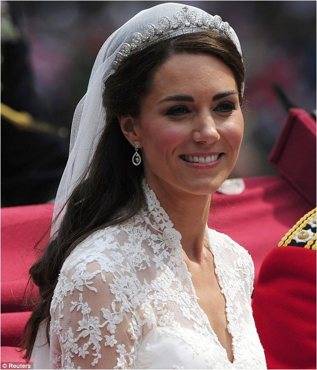 Want Kate Middletons iconic half hairstyle This step step tutorial Princess ready locks shows how