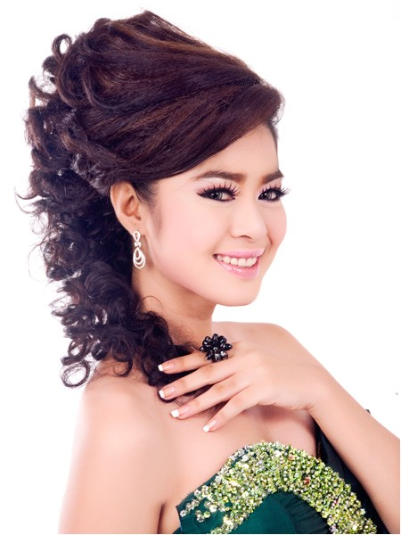 khmer girl hairstyle join wedding
