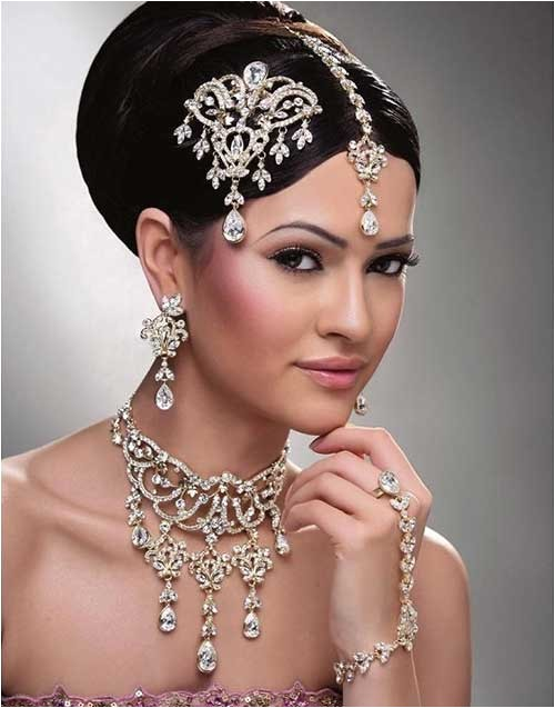 15 indian wedding hairstyles for long hair