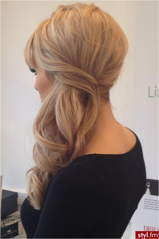 Low Side Ponytail Wedding Hairstyles 1