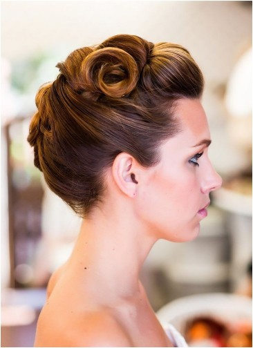 dainty vintage updo hairstyles