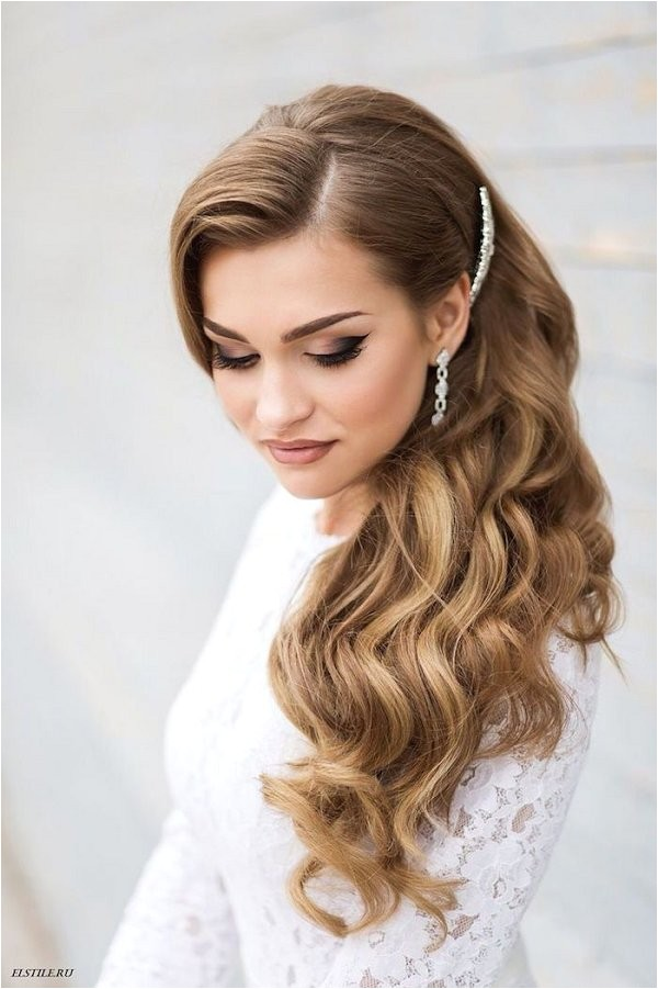 side swept old hollywood glam wedding hairstyle