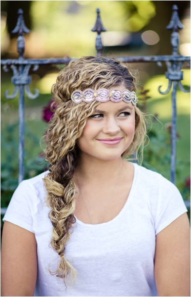 11 quick and easy headband hairstyles for naturally curly hair