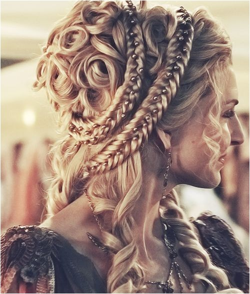 impressive renaissance hairstyles photo