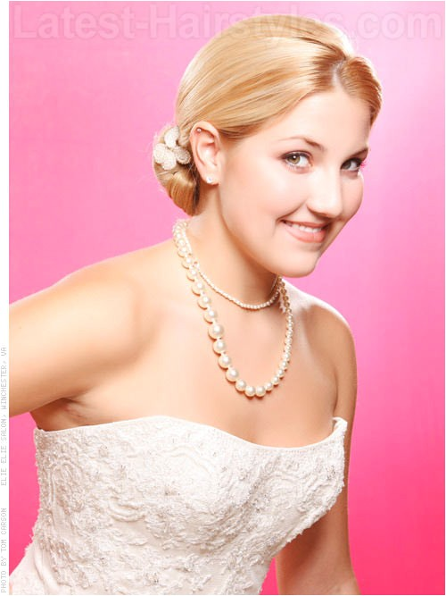 lovely bridal hairstyles for cute looks