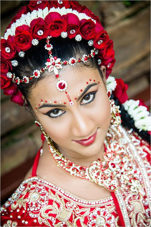 hindu wedding hair makeup and saree ideas