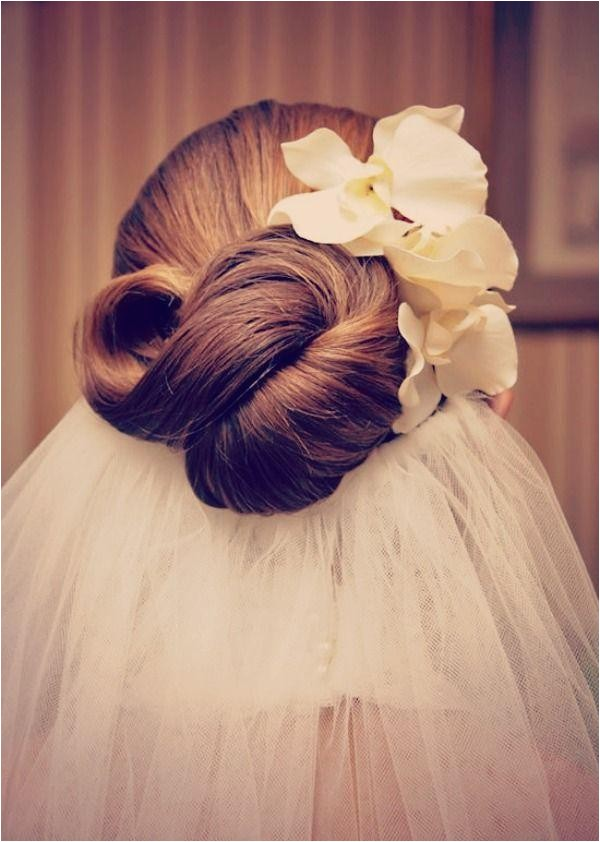 wedding hair inspiration the infinity knot