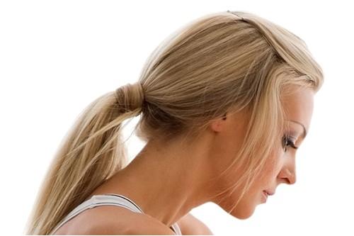 simple cute hairstyles for medium hair women