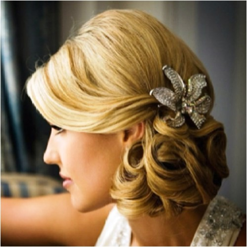 30 sumptuous side hairstyles for prom to please any taste