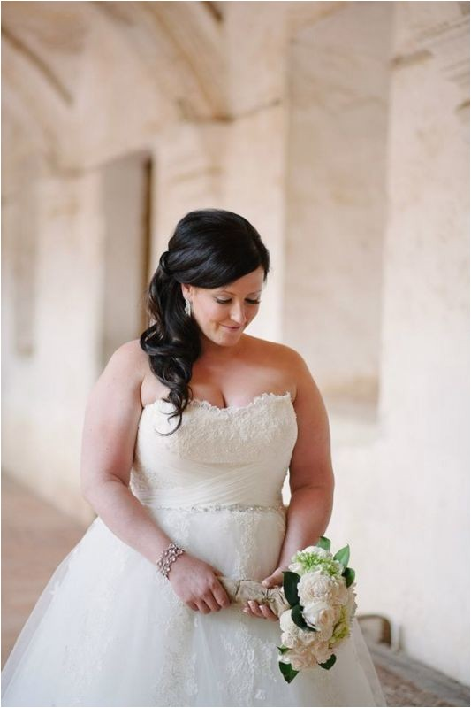 Wedding Hairstyles for Fat Brides Plus Size Dresses for the Weddings
