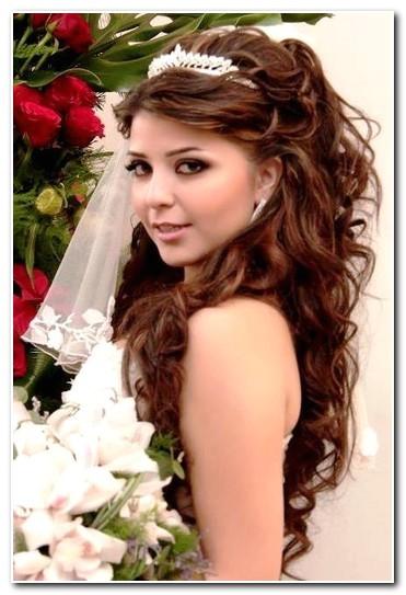bridal hair with veil and tiara