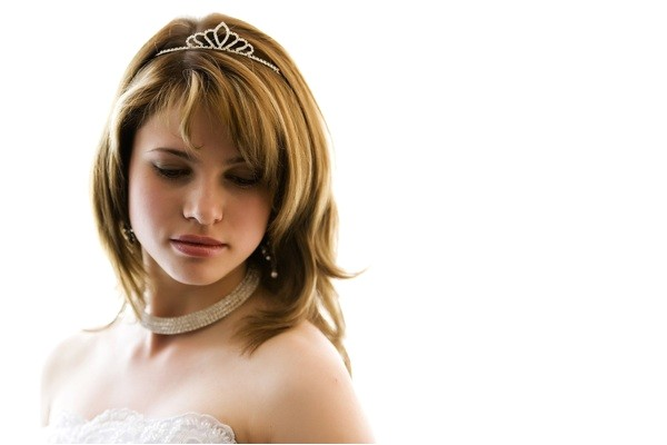 wedding hairstyles medium length hair layer
