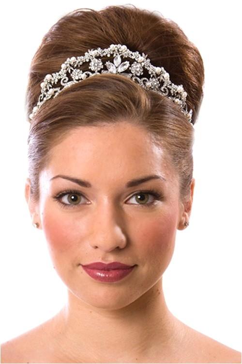 beautiful wedding hairstyles half up with tiara