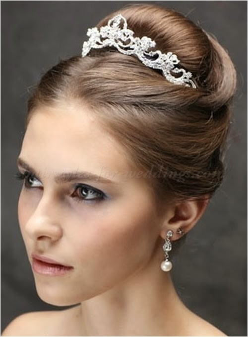 5 top wedding hair trends for brides