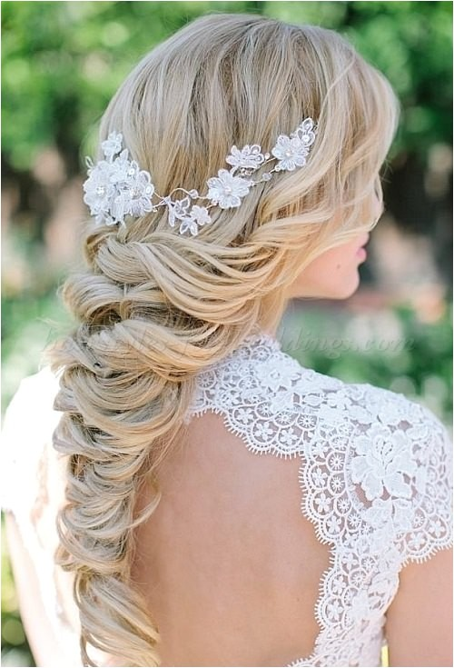 Wedding Plait Hairstyles 20 Breezy Beach Wedding Hairstyles