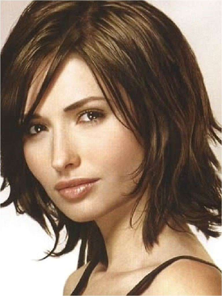 shoulder length haircut ideas