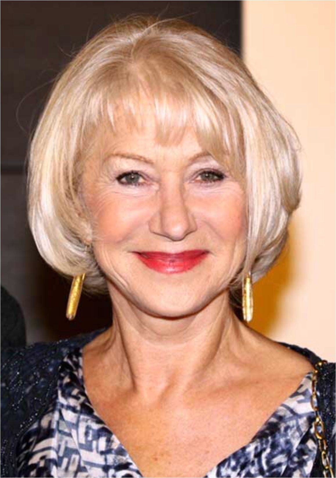Hairstyles for Older Women with Thinning Hair Concave Fringe