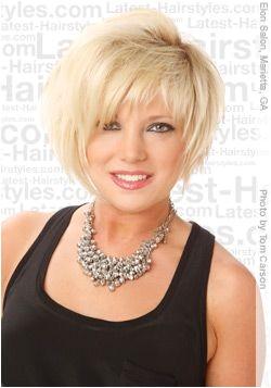 hairdo woman age 50