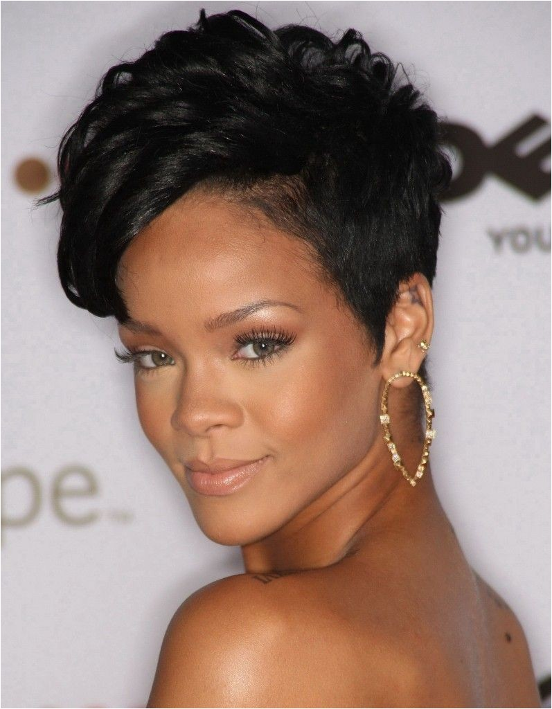 Short Hairstyles For Black Women Over 50 IMAGES