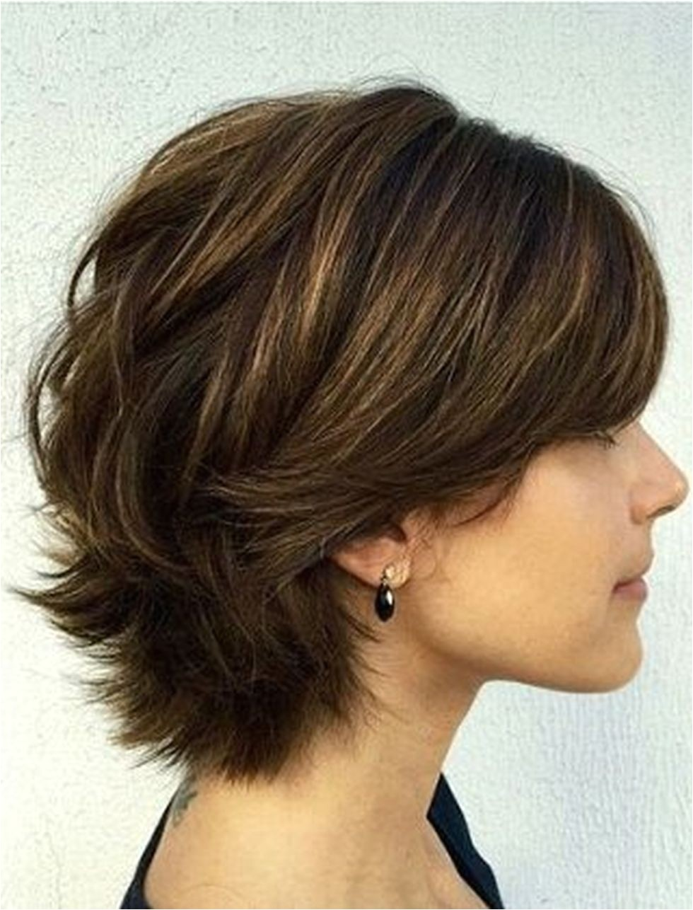 Fabulous over 50 short hairstyle ideas 23