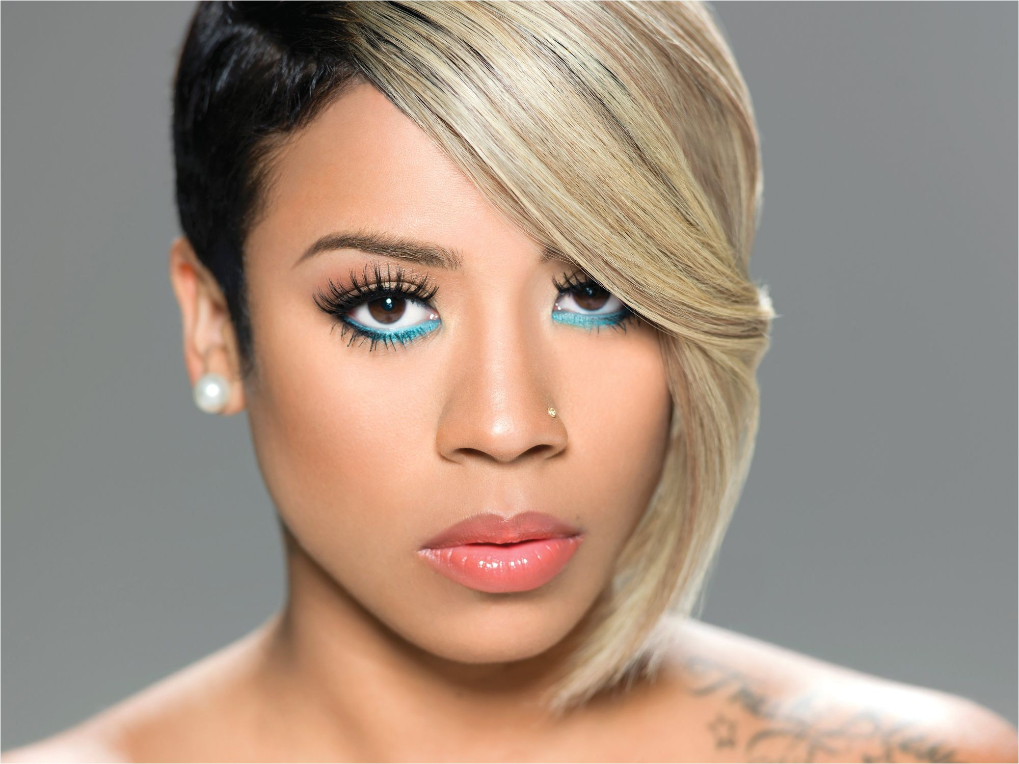 Talking about Keyshia Cole haircuts the singer has worn her hair in numerous ways as she is not scared of experimentation and all for improvement and