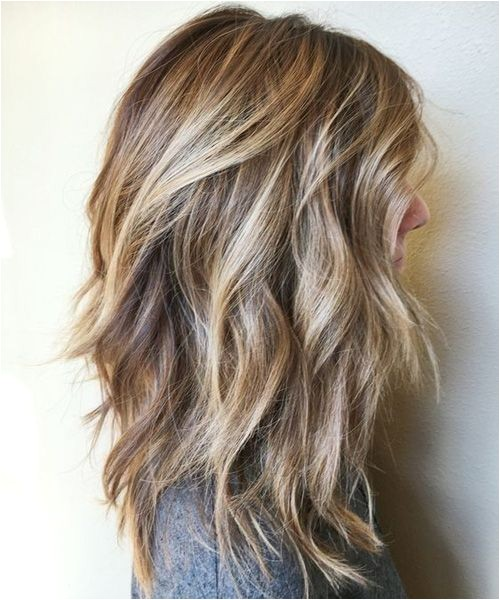 Womens Brunette Hairstyles Pretty Brunette Highlights On Mid Length Hairstyles for Women