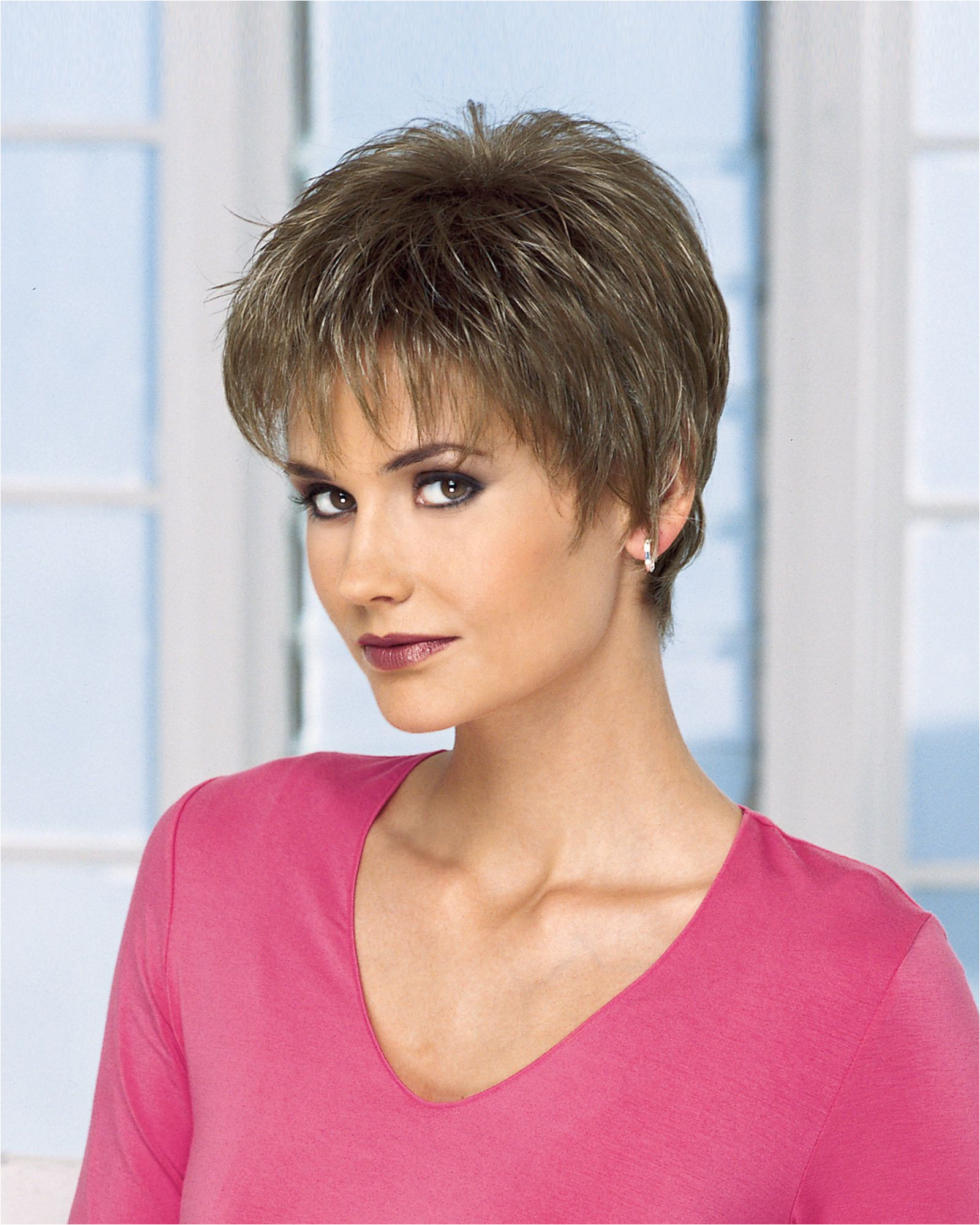 Gala by BT Classic is a short easy to wear cut Its textured bangs and tapered lengths create a modern look Be a knockout in this short cut