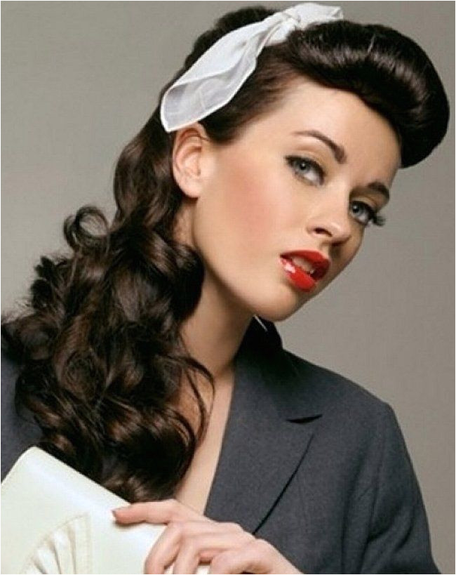 Vintage hairstyles with bows for long curly hair