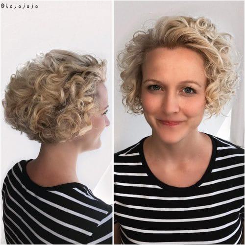 Enhanced Blond Bob for Curly Hair Gorgeously enhanced curls
