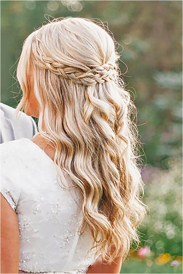 Coiffure De Bal Coiffure Boheme Chic Idee Coiffure Mariage Coiffure Cheveux Long