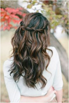 Bridesmaid Hairstyles Down Curly 39 Half Up Half Down Hairstyles to Make You Look Perfecta